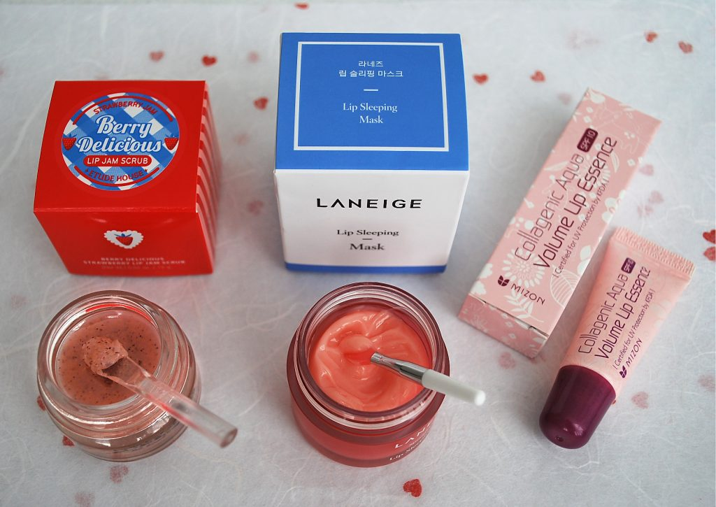 Strawberry jam, apricot syrup, and forest berry mousse for delicate lips